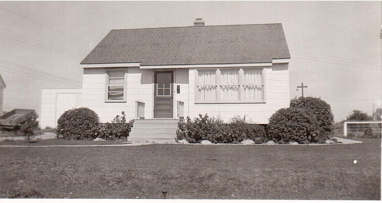 Montgomery -3212 Caen Street c.1955 (1)