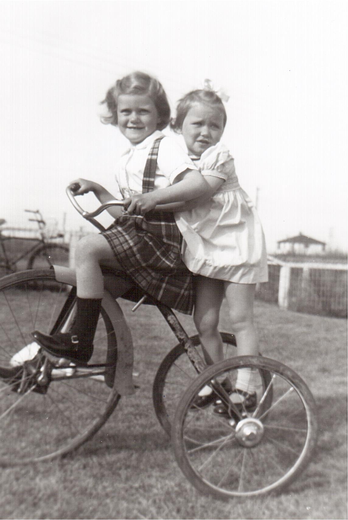 Montgomery- Lucille and Lorraine c.1952