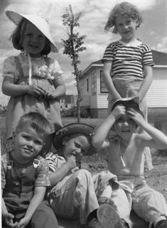 Sedgwick Family 1103 Lancaster Blvd c.1954