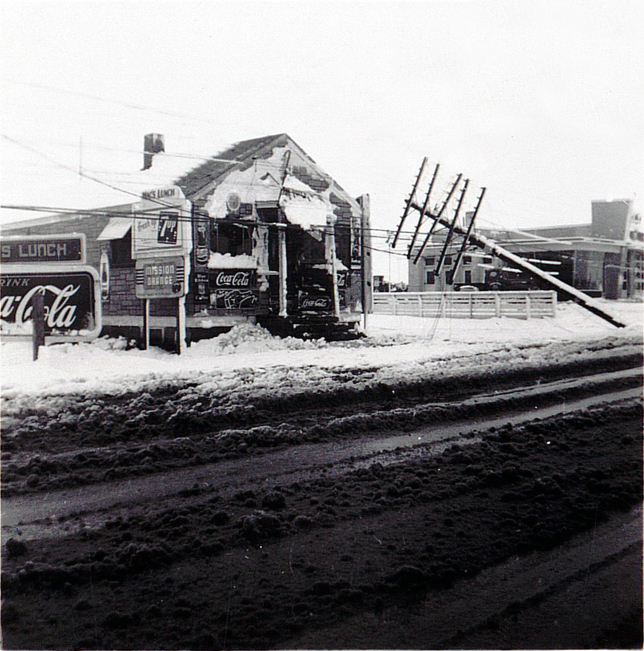 1954 Spring storm at Buzbys Esso 2015 11th St_3
