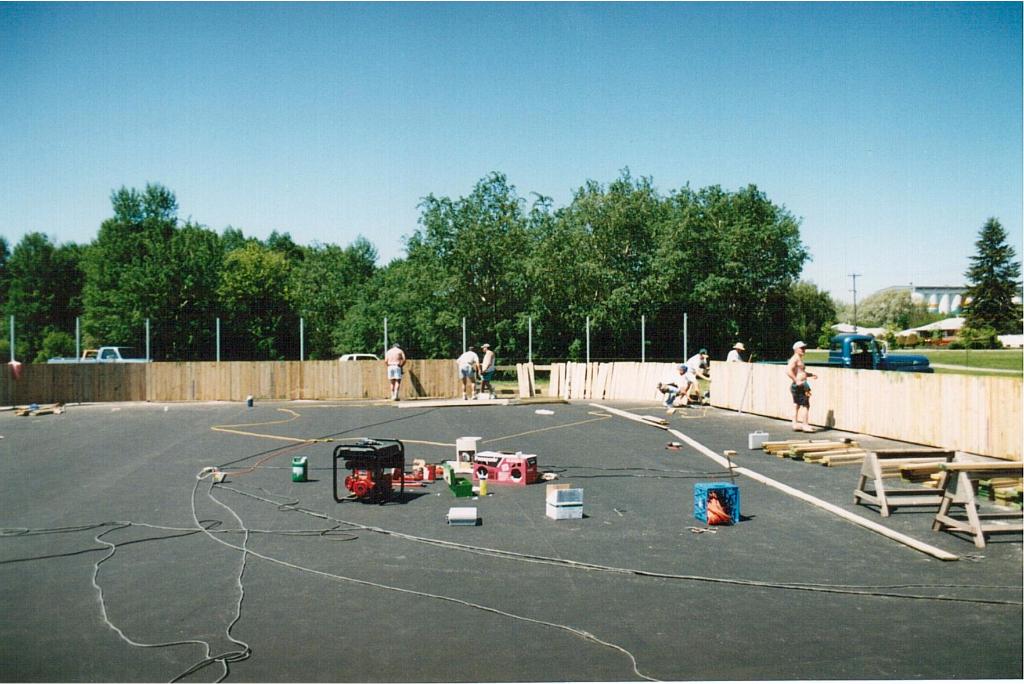 Rink building June 1995-4