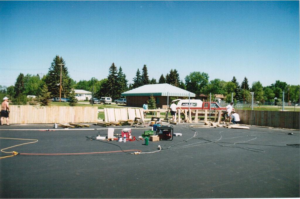 Rink building June 1995-5