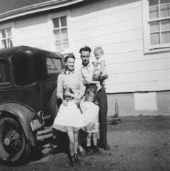 Sedgwick Family 1103 Lancaster Blvd c.1952