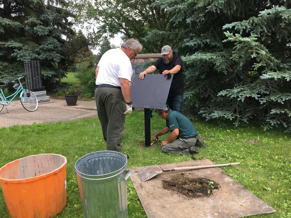 Nat-Hist-Site-plaque-installation-28June2018-(11)