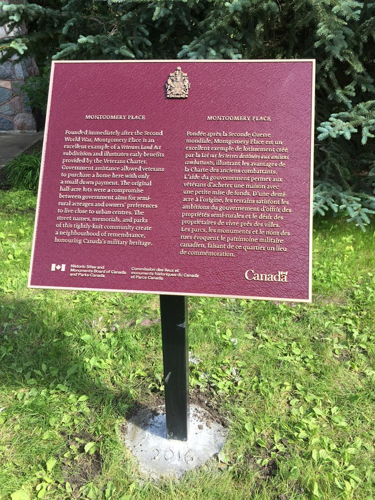 Nat-Hist-Site-plaque-installed-28June2018-(1)