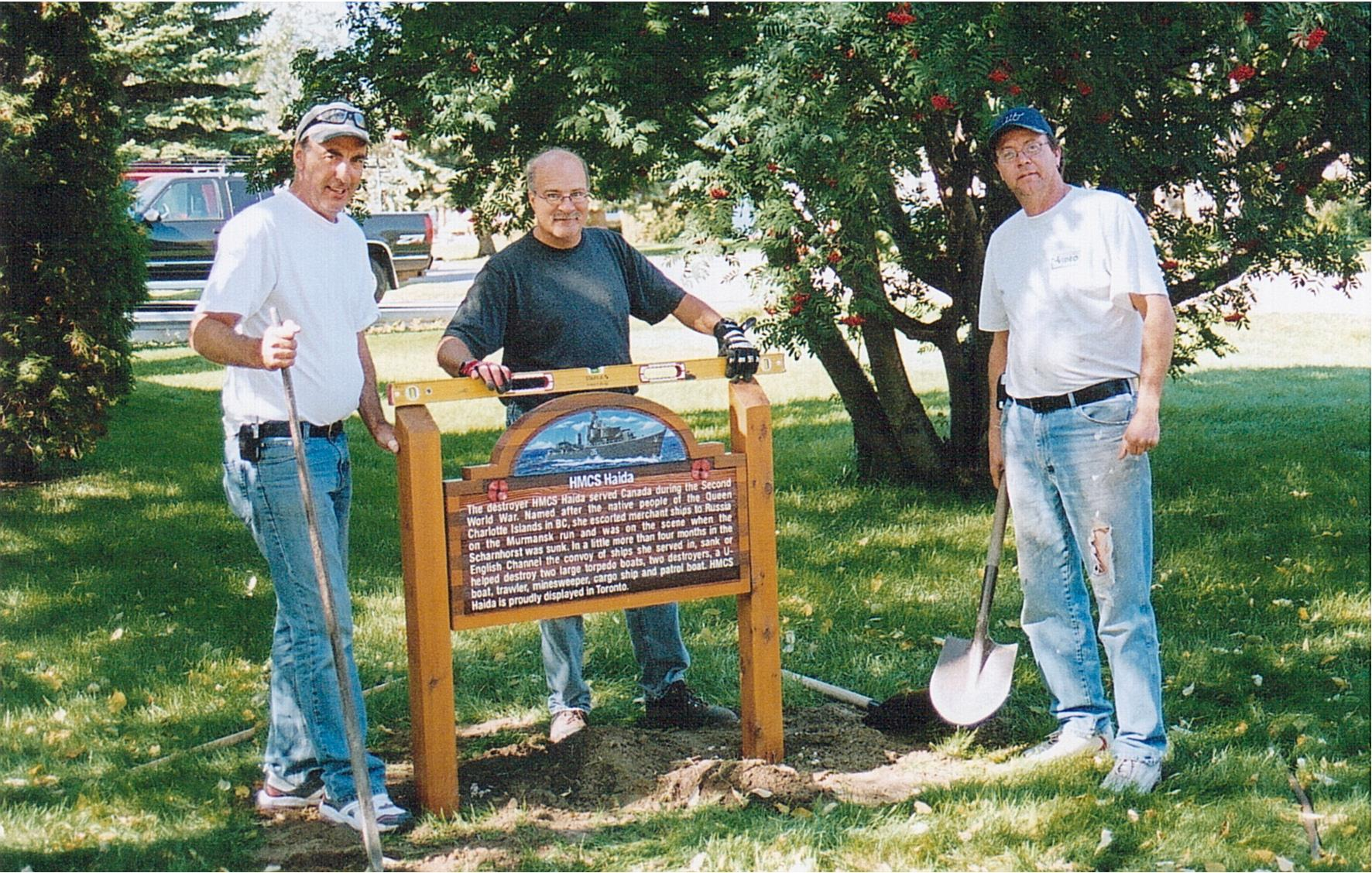 Sign Crew -Sept2007 009