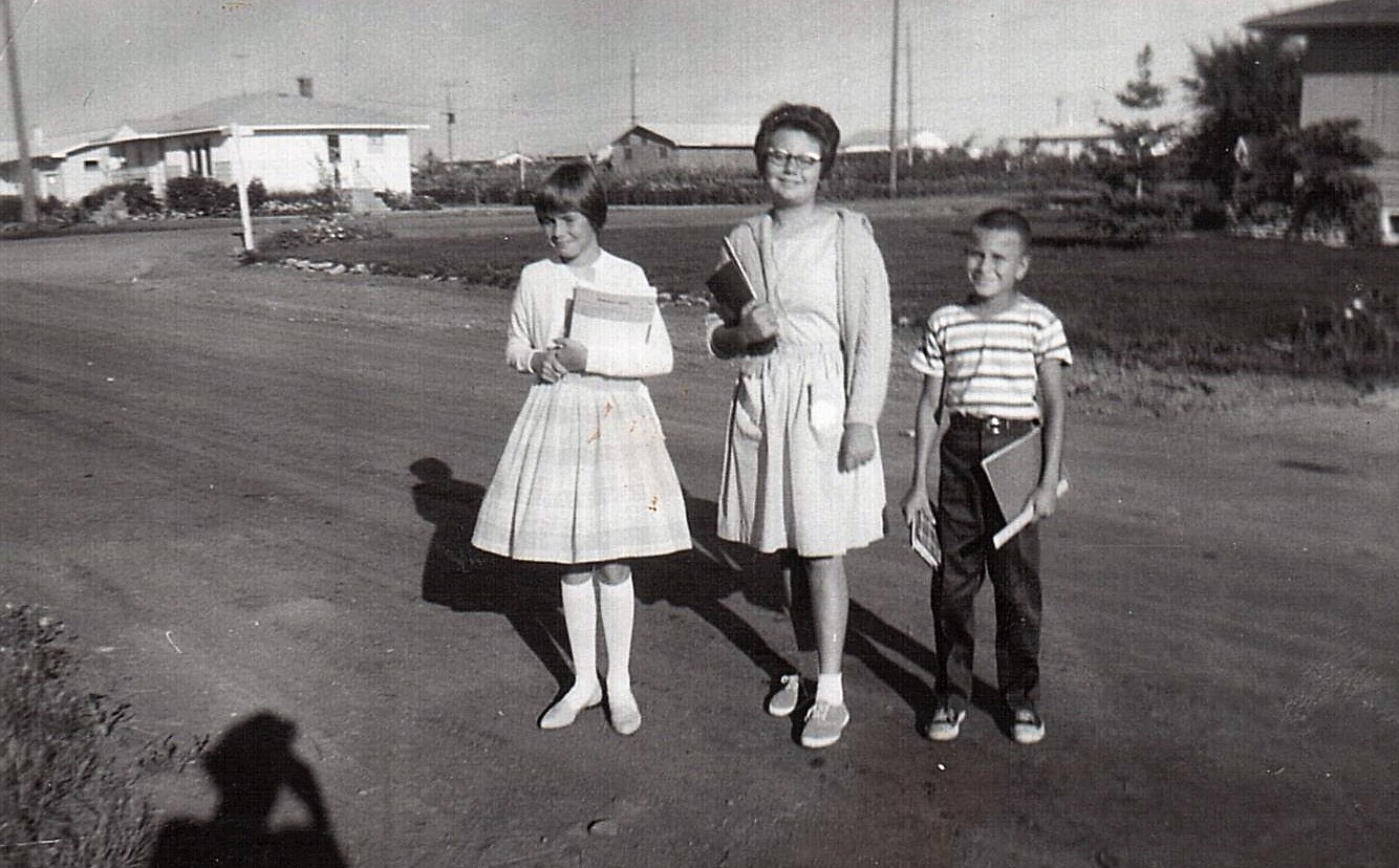 Shatilla-l-r Bev Comrie-Lynda and Billy Shatilla c1962 (2)